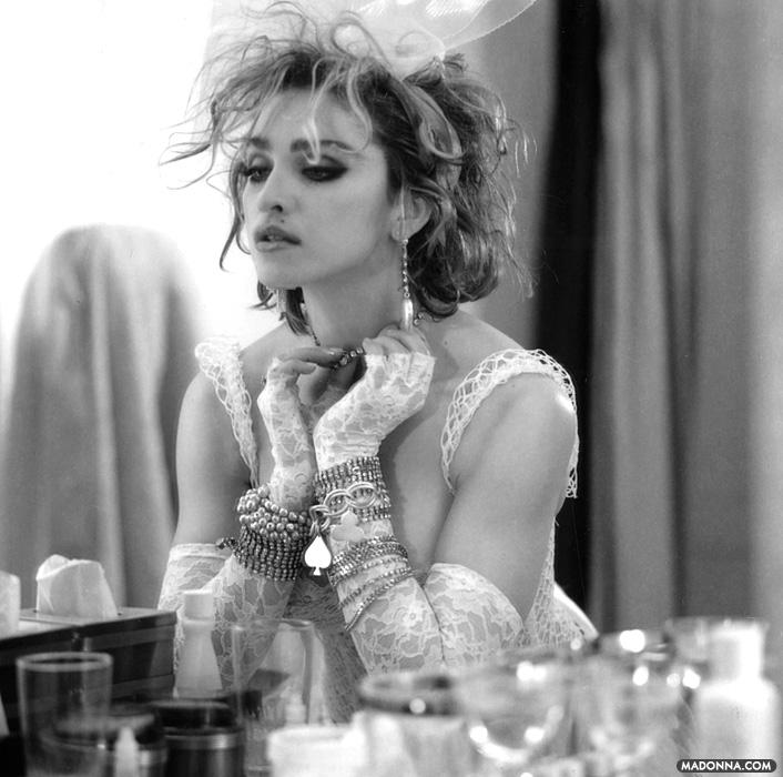 Madonna-Like-a-Virgin-Album-Photoshoot-madonna-25377352-706-700